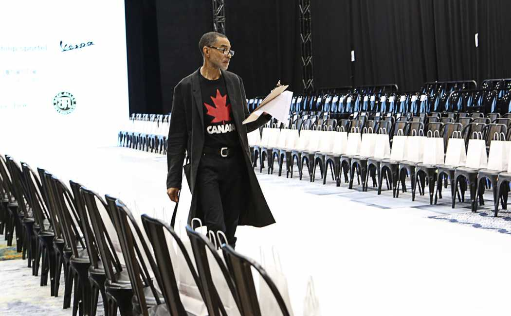 tom-runway-ready-for-show
